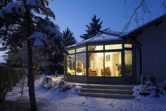 veranda victorienne sous la neige