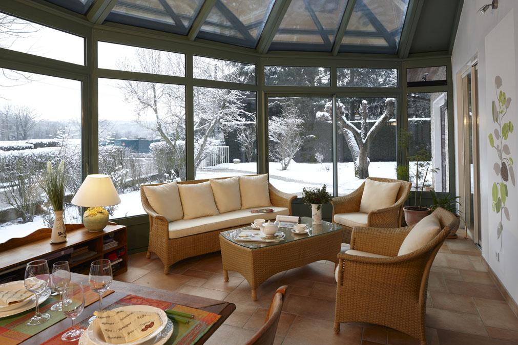 isolation veranda
