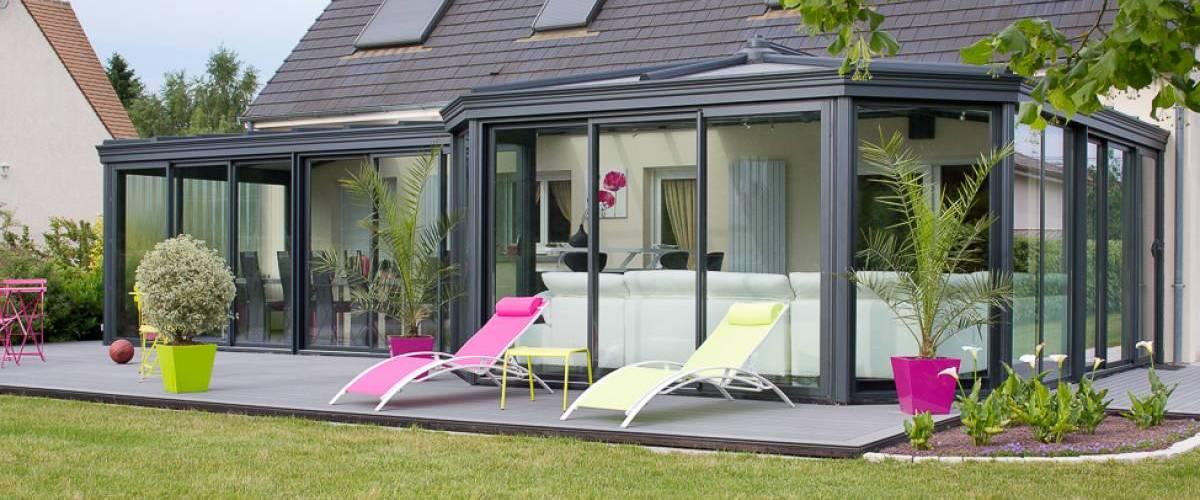 V randas sur mesure en aluminium v rancial - Amenagement veranda design scandinave ...